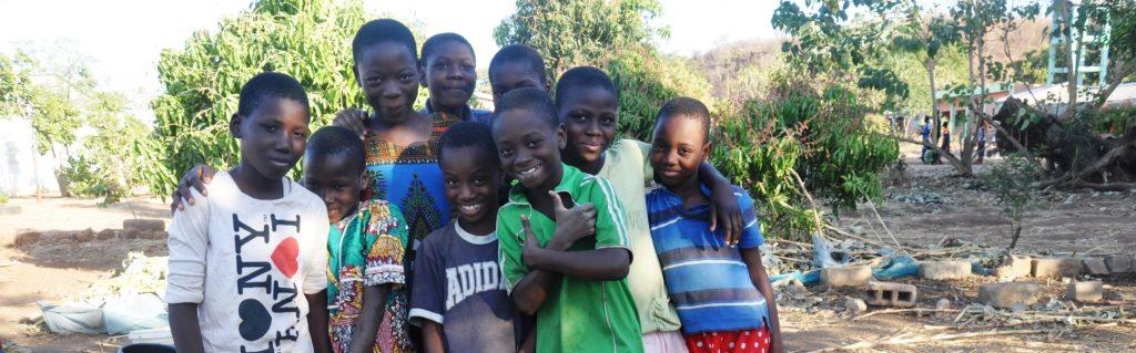 Enfants bénin Kandi